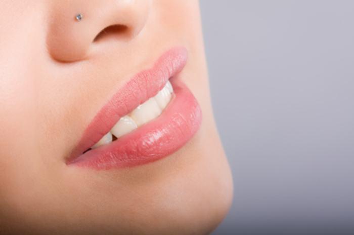 Не стоит забывать, что пирсинг носа — серьезная процедура