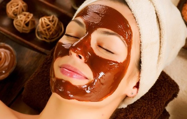 Чем полезен шоколад для кожи лица