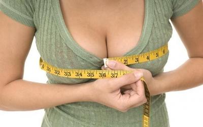 Какие могут быть осложнения после операции по увеличению груди?