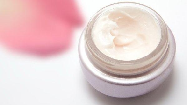 Омоложение кожи: что должна содержать косметика для 30 — 40 лет