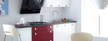 Маленькая кухня – основные приемы обустройства
