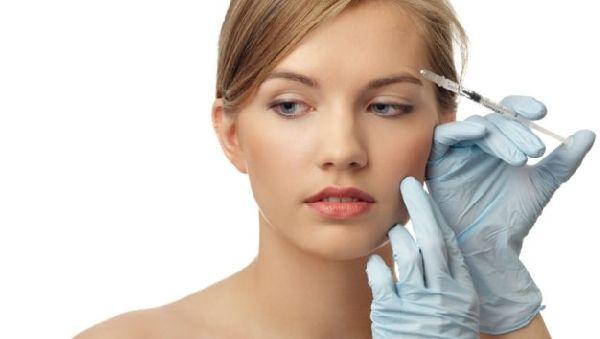 «Уколы красоты» помогут при параличе лицевого нерва