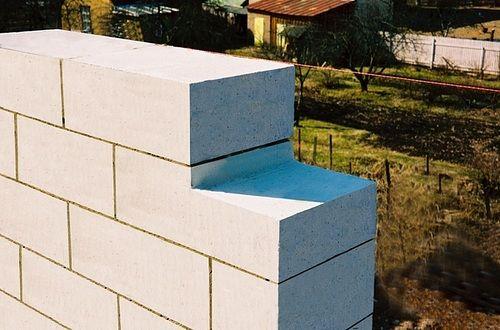 Кирпич и пеноблок в строительстве