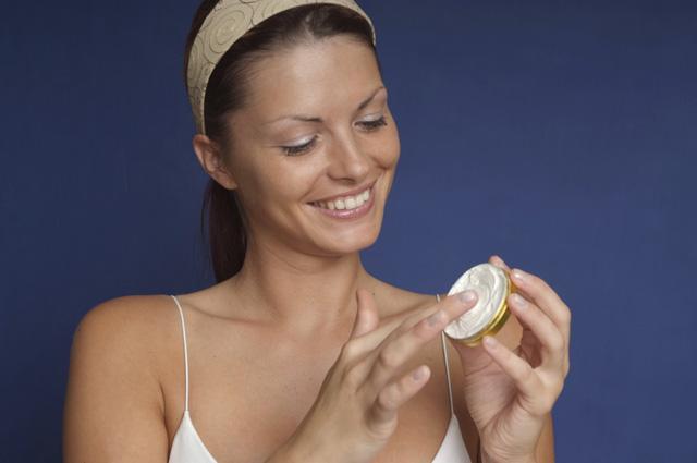 Читайте этикетку! Какие вредные вещества могут содержаться в косметике