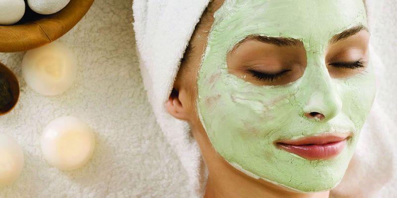 Весенние маски для лица из популярных продуктов