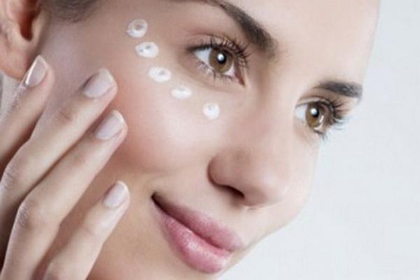 Народные методы масок от морщин вокруг глаз