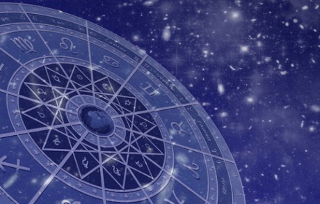 Таинственный астролог расскажет о грядущих событиях…