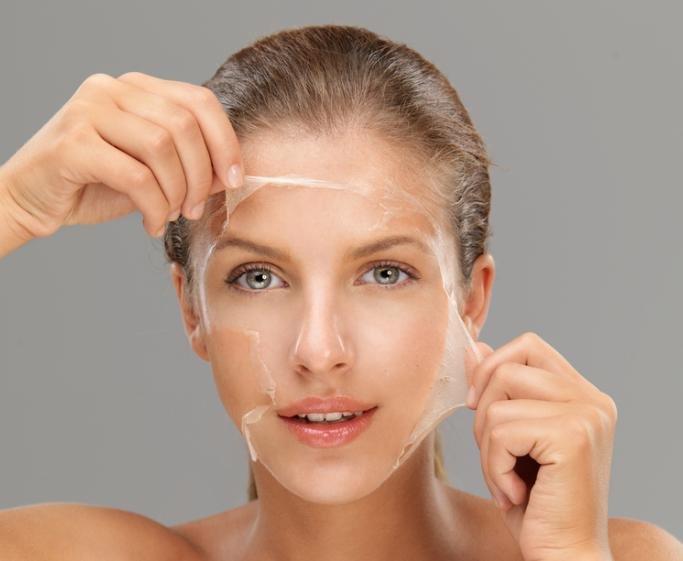 Уникальная пленка маскирует дефекты кожи и разглаживает морщины
