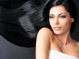 Как вернуть волосам блеск и здоровье: 3 питательные маски