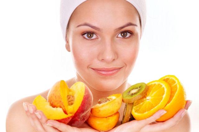 Как сделать натуральную косметику из ягод и фруктов?