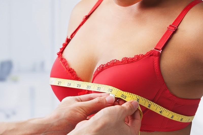 Увеличивать грудь опасно