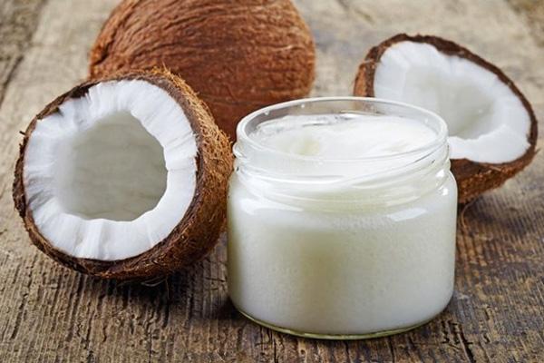 Как использовать кокосовое масло для красоты волос