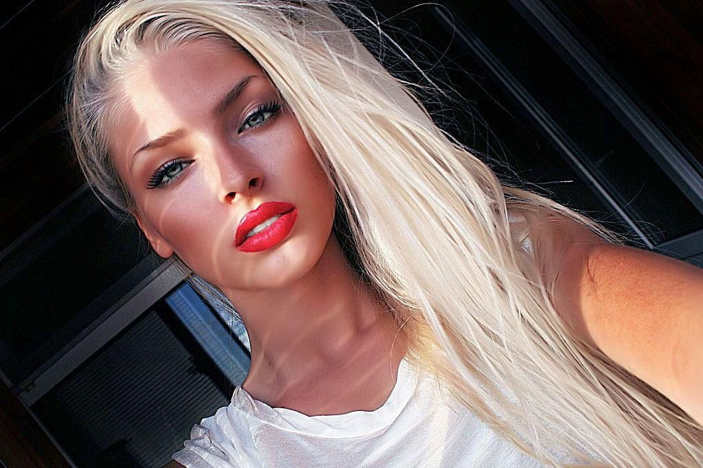 Новые губы Алёны Шишковой испугали её фанатов