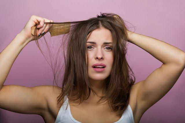 Какими народными средствами можно улучшить состояние волос?