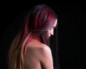Создана краска для волос, меняющая цвет под действием температур