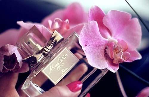 Как заказать парфюмерию оптом быстро и выгодно?