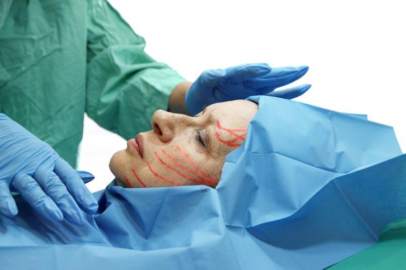 Какая самая популярная косметологическая процедура