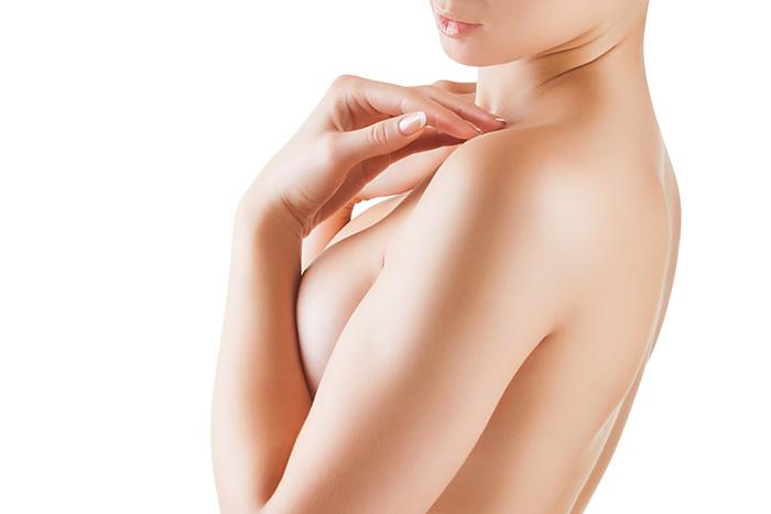 Что говорят врачи о липосакции груди