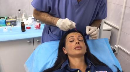 Анна Грачевская вновь в клинике пластической хирургии