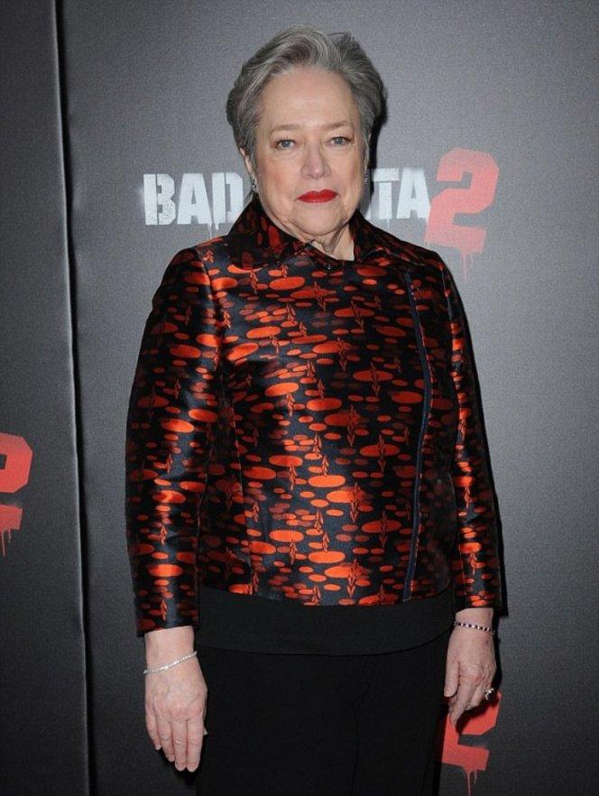 Отрезавшая грудь звезда Голливуда не хочет никакой пластики