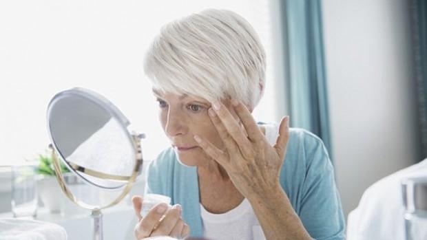 Дешевый медицинский краситель может уменьшить морщины и замедлить старение