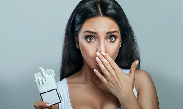 После пластики груди у курильщиц могут выпасть соски