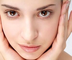 8 болезненных, но эффективных процедур для лица