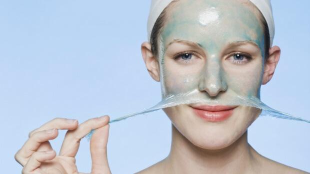 Маска с желатином оказывает благотворное действие на кожу лица