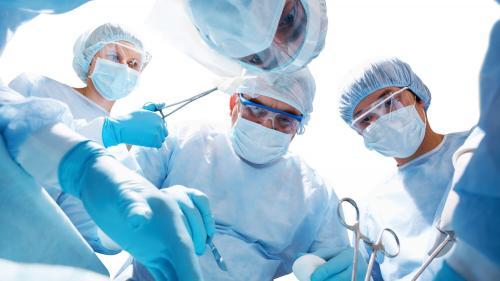 Хирурги восстановили пострадавшему ухо