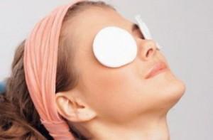 Проблемы кожи в области вокруг глаз: как их решить