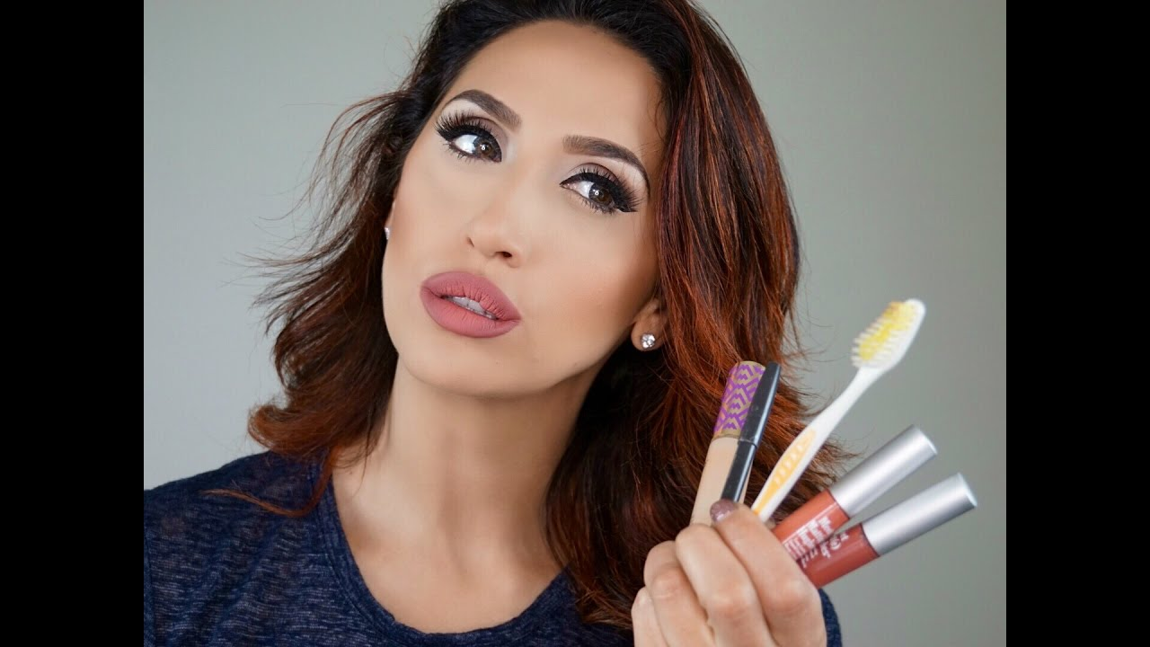 Увеличение губ — макияж и операция