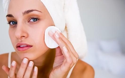 Чистка кожи — какие средства лучше использовать?