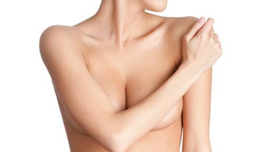 Эксперты назвали топ-5 косметических процедур 2017 года