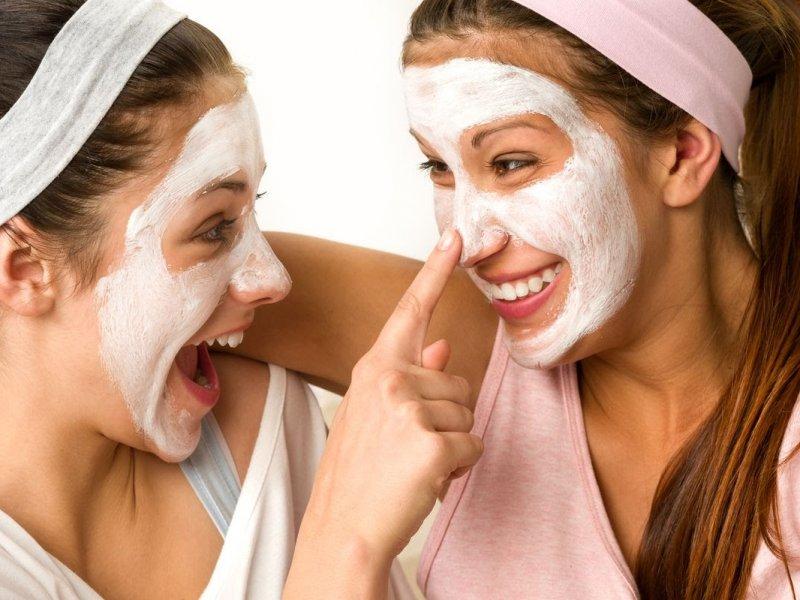Шесть советов, которые спасут подростка от прыщей без визита к косметологу