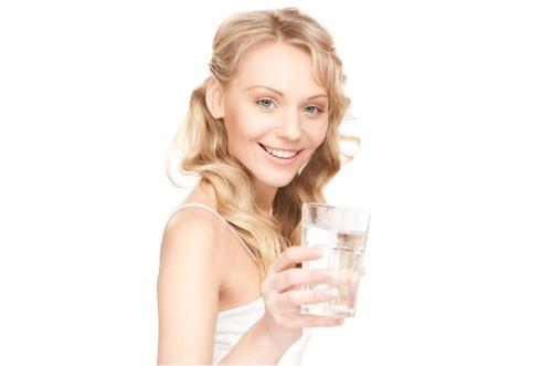 Косметологи назвали лучшее масло от морщин