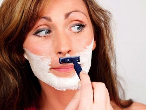 Бритье лица может избавить от морщин — советы косметологов