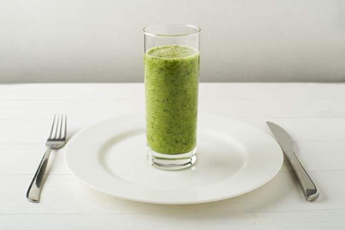 Сок этого овоща избавляет кожу от прыщей, угрей и сухости