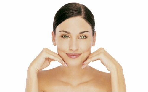 Миндальный пилинг — процедура для очищения и омоложения кожи лица