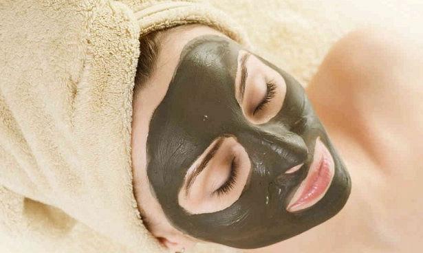 Косметологи доказали пользу грязевых масок