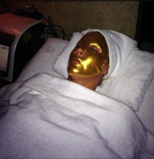 Золотые маски для лица — последнее слово в косметологии