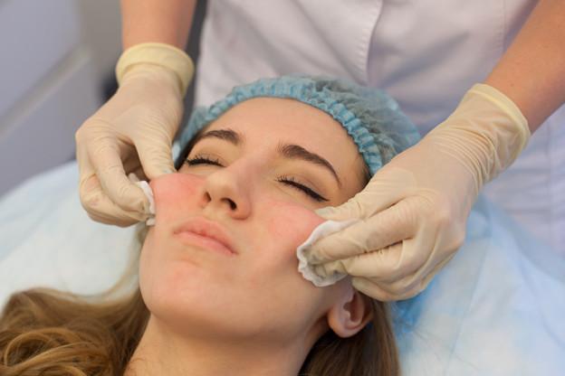 Мезорадиесс: в чем состоит уникальность процедуры для комплексного омоложения лица