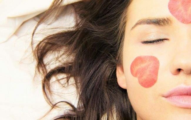Как избавиться от морщин вокруг глаз: натуральные средства