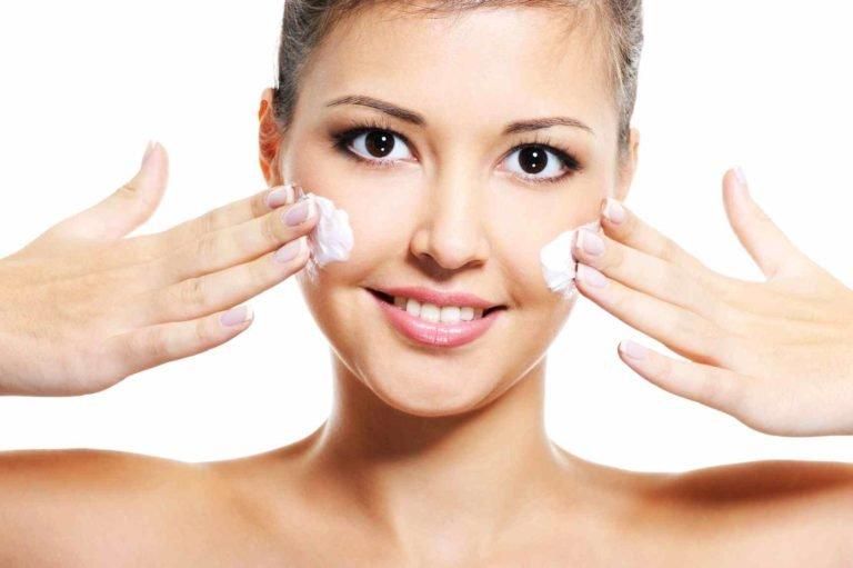 Как пережить проблемы кожи лица в подростковый период