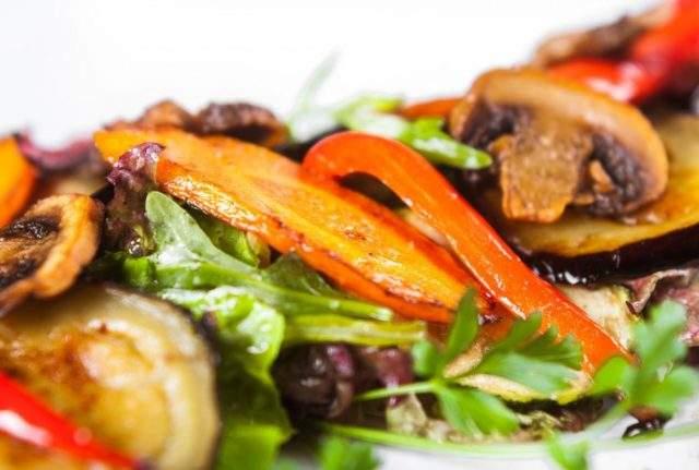Врачи назвали овощи, которые очень полезны для кожи