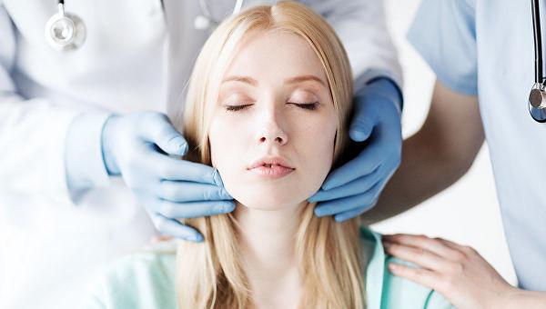 Как изменились стандарты красоты, зачем нужны операции: интервью с пластическим хирургом
