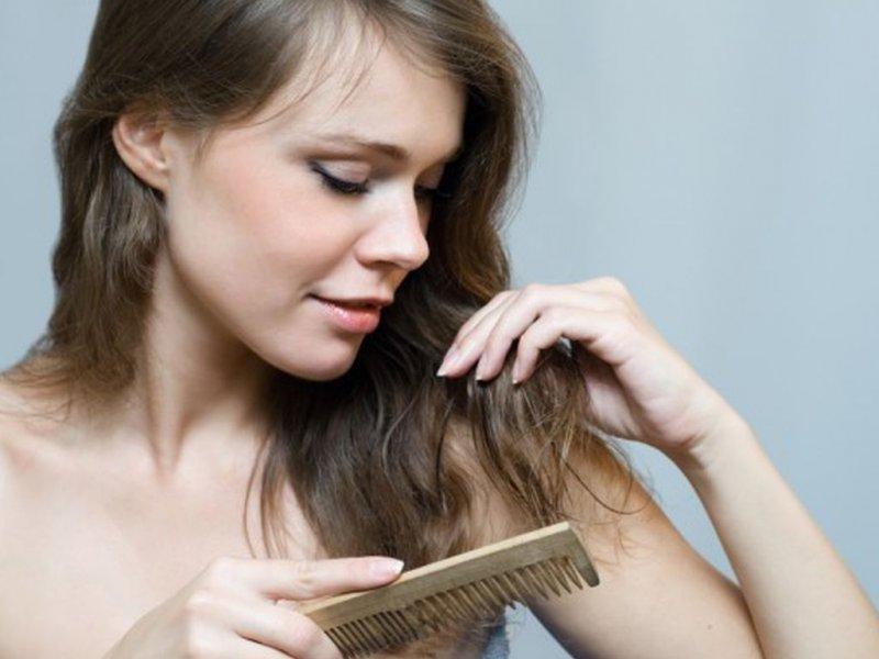 Врач-трихолог опровергла известные утверждения о выпадении волос