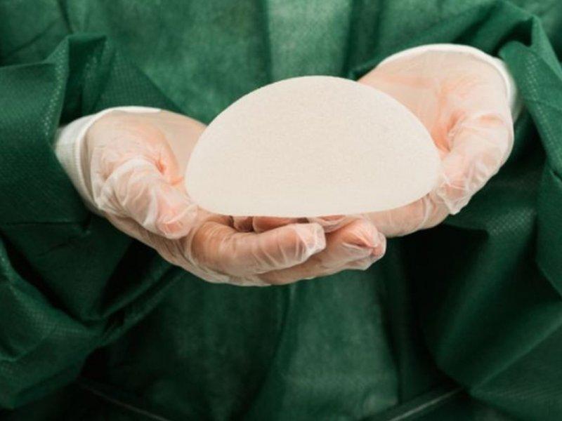 В России используют грудные импланты, повышающие риск развития лимфомы