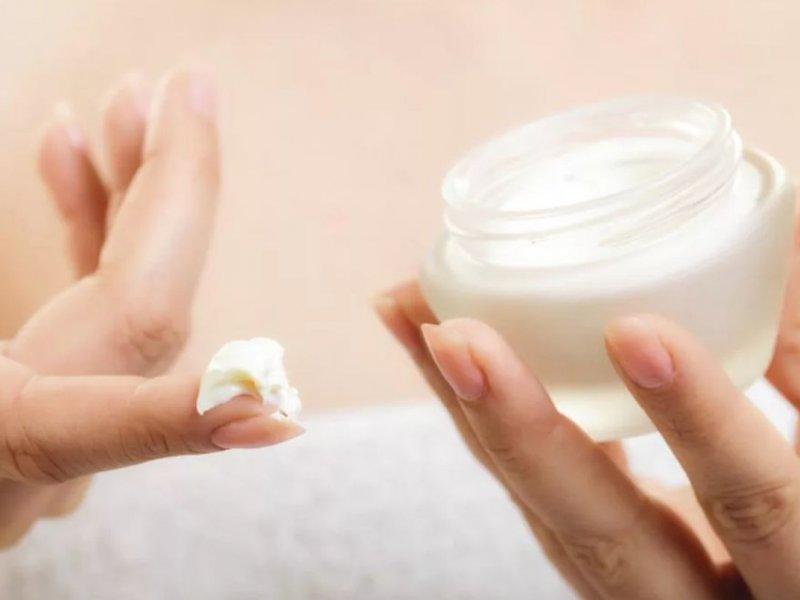 Жительница США впала в кому после использования крема от морщин