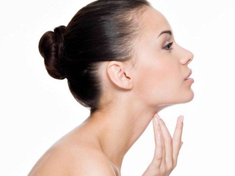 Кольца Венеры, или молодость шеи: как их предотвратить?