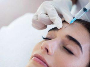Врач-косметолог рассказала об опасности омолаживающих процедур